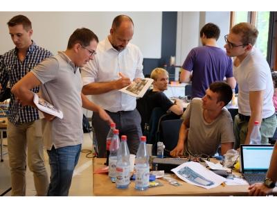 Hack the Gripper: KaMaRo gewinnt ersten Hackathon am wbk